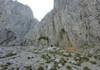 Einstieg bei der markanten Höhle