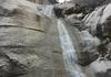 Wasserfall unter den Badebecken