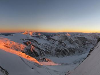 Sonnenaufgang auf der unteren Glocknerscharte